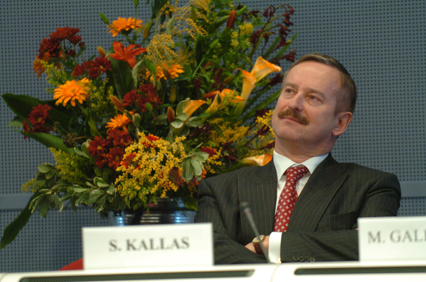 Siim Kallas and Vladimír Špidla, Vice-President and Member of the EC, at the Conference