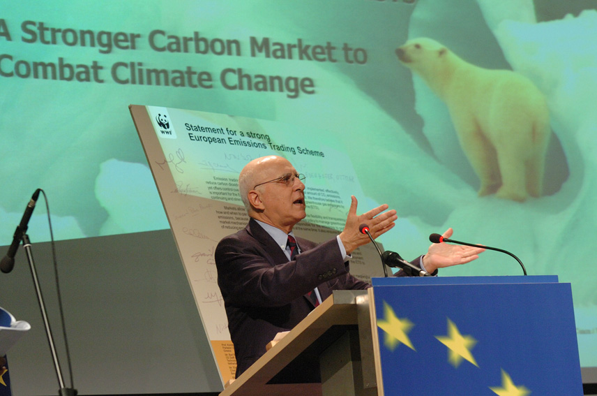 Press conference by Stavros Dimas, Member of the EC, on climate change