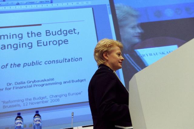Participation de José Manuel Barroso, président de la CE, à la conférence Reformer le budget, changer l'Europe