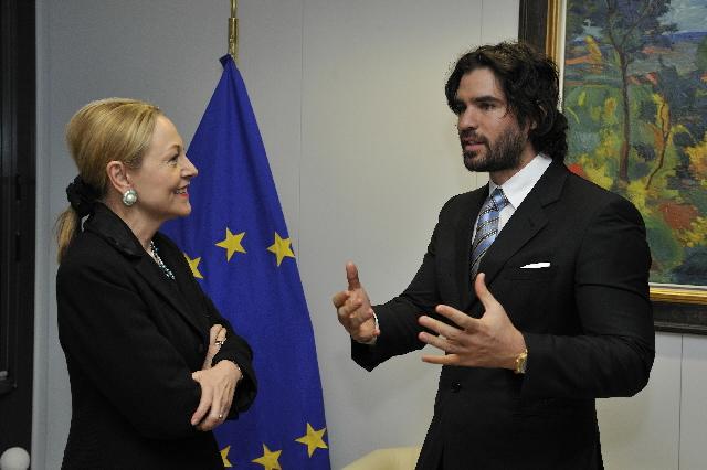 Visit of Eduardo Verástegui, Mexican actor, to the EC