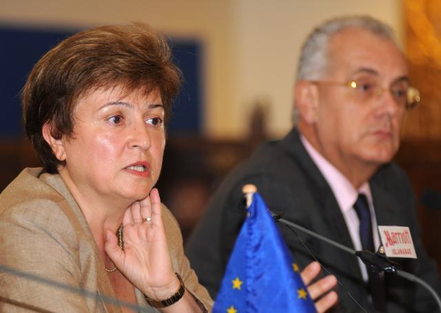 Visit of Kristalina Georgieva, Member of the EC, to flood-hit Pakistan