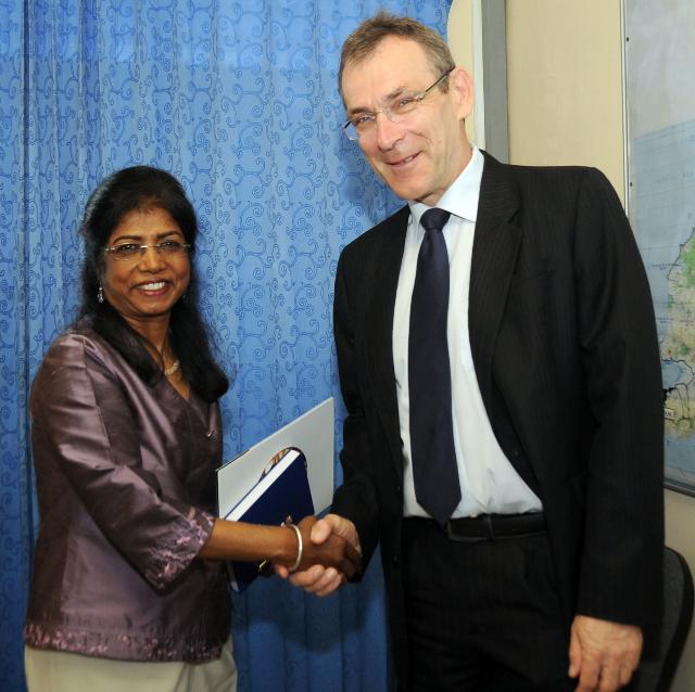Visit of Andris Piebalgs, Member of the EC, to East Timor