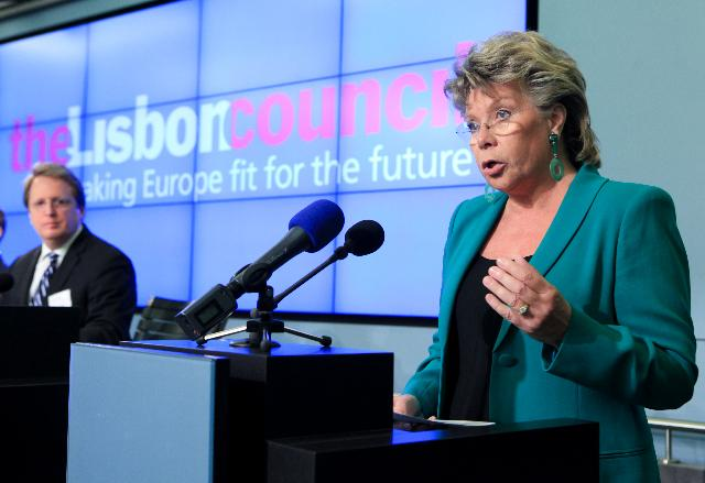 Participation of Viviane Reding, Vice-President of the EC, in the 2011 Innovation Summit