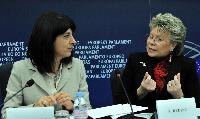 Joint press conference by Roberta Angelilli, Vice-President of the EP, and Viviane Reding, Vice-President of the EC, on child abduction