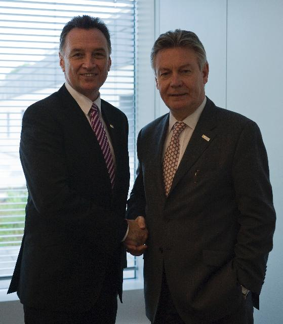 Participation of Karel De Gucht, Member of the EC, at the OCDE Ministerial Meeting, in Paris, and bilateral meetings with the United States, Canada and Australia