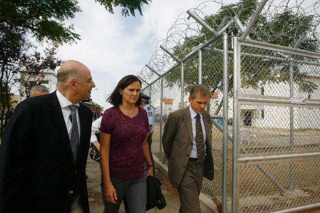 Visite de Cecilia Malmström, membre de la CE, en Grèce