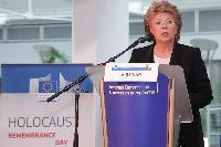 Visit by Viviane Reding, Vice-President of the EC, of the exhibition