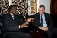 Visite d'Andris Piebalgs, membre de la CE, au Malawi