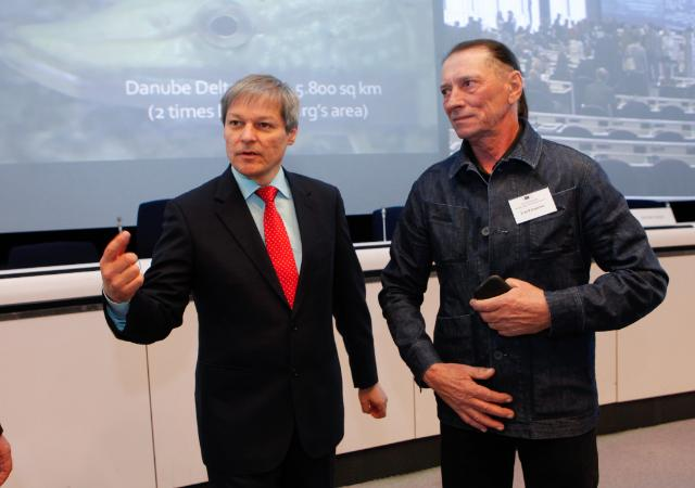 Participation of Dacian Cioloş, Member of the EC, at the debate on the Danube Delta, followed by the projection of the documentary 'Au fil du Danube'