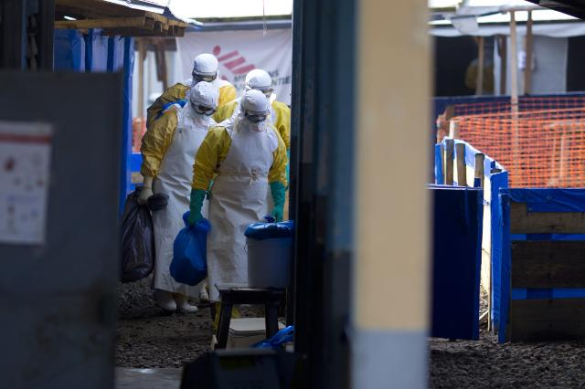 Ebola: The work in Liberia and Guinea to fight disease
