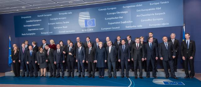 "Illustration of ""Brussels European Council, 18/12/14: group photo"""