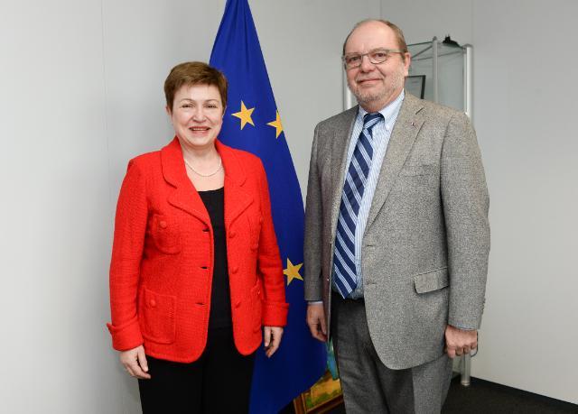 Visite d'Alain Hutchinson, commissaire spécial en charge des relations avec les institutions européennes et internationales auprès du gouvernement de la Région de Bruxelles-Capitale, à la CE