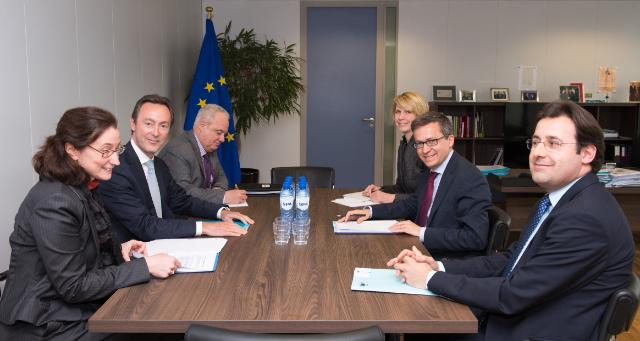 Carlos Moedas receives Fabrice Brégier, President and CEO of Airbus
