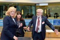 Corina Creţu, membre de la CE, à la 14e réunion de la Table Ronde de UE-Chine au CESE