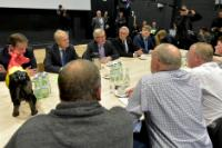 Meeting between a delegation of dairy producers and Jean-Claude Juncker, President of the EC