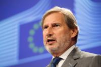 Conférence de presse de Johannes Hahn, membre de la CE, sur l'engagement de l'UE avec les pays voisins du Sud