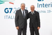Visite de Dimitris Avramopoulos et Julian King, membres de la CE, en Italie