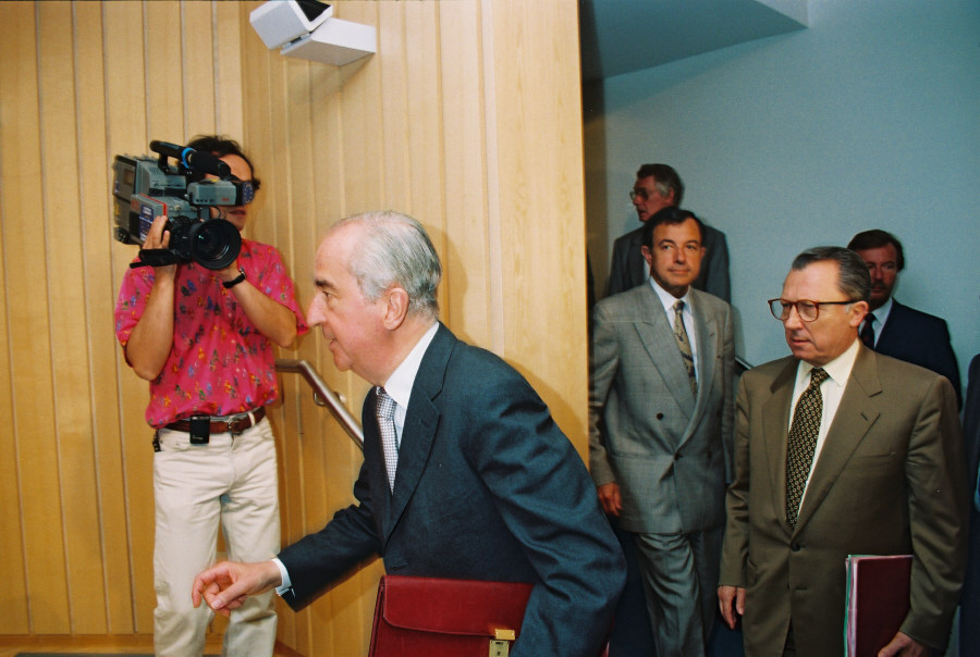 Visit of Edouard Balladur, French Prime Minister, to the CEC