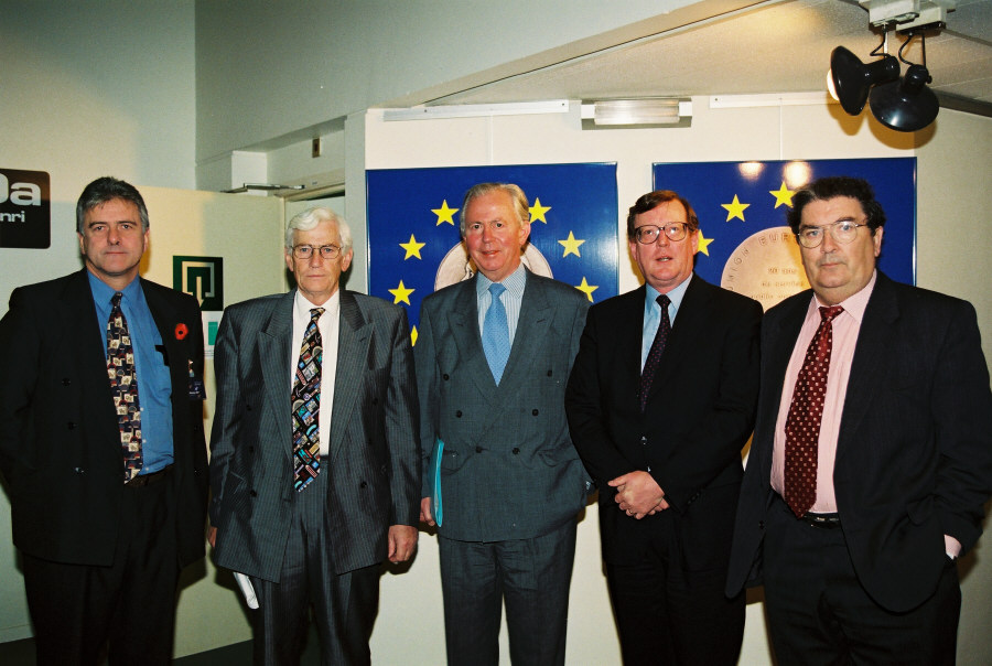 Meeting between Jacques Santer and a delegation of new Northern Irish members of parliament