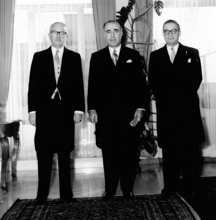 Presentation of the credentials of the Head of the Mission of Lebanon to  Walter Hallstein, President of the Commission of the EEC