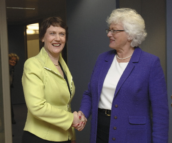 Visit by Helen Clark, Prime Minister of New Zealand, to the EC