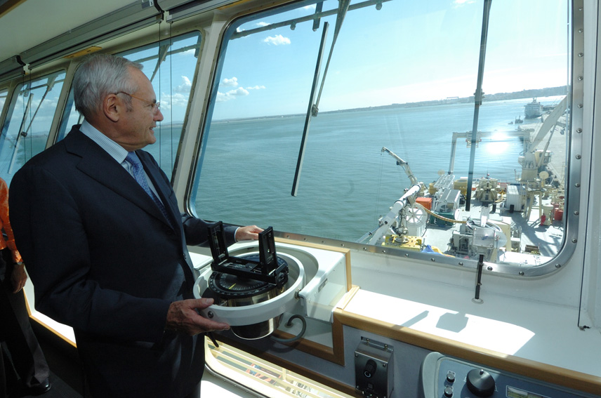 Visit by Jacques Barrot, Vice-President of the EC, to the vessel