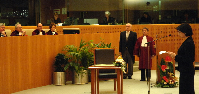 Swearing-In of the new Members of the Barroso Commission at the Court of Justice of the EC