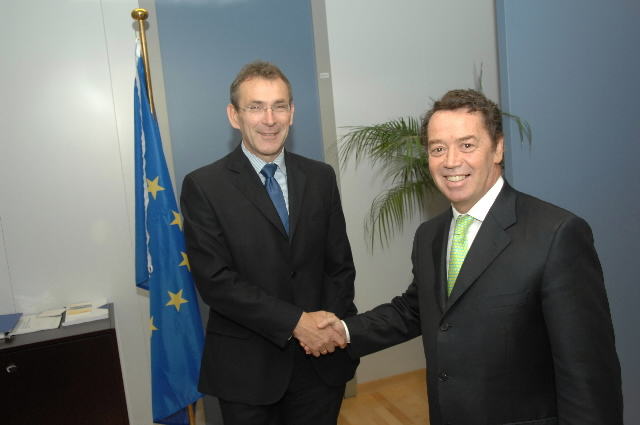 Visit by Manuel Pinho, Portuguese Minister for Economy and Innovation, to the EC