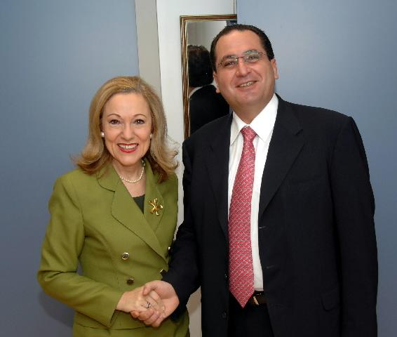 Visite de Salaheddin Al-Bashir, ministre jordanien des Affaires étrangères, à la CE