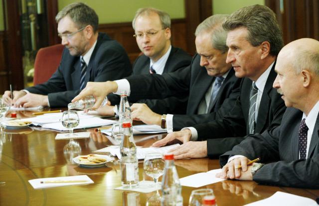 Visite de Günther Oettinger, membre de la CE, en Russie
