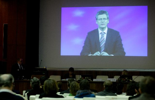 Participation of László Andor, Member of the EC, at the 4th meeting of the European Platform for Roma inclusion