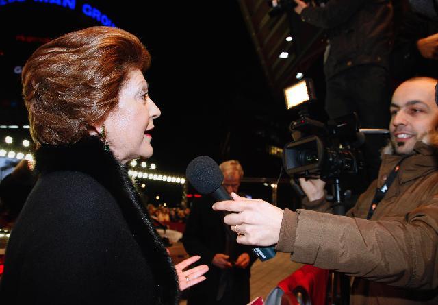 Participation d'Androulla Vassiliou, membre de la CE, à l'ouverture de la 61e édition du Festival international du film de Berlin