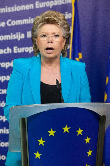 Visit of Ursula von der Leyen, German Federal Minister for Labour and Social Affairs, to the EC