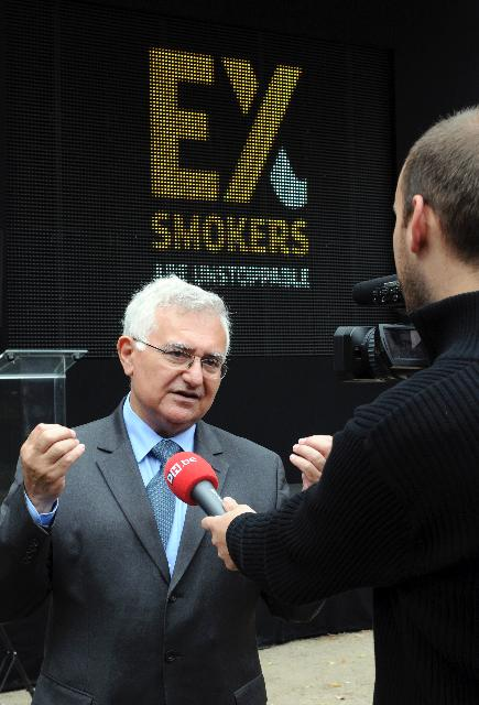 Launch by John Dalli, Member of the EC, of the antismoking pan-European campaign Ex-smokers are Unstoppable