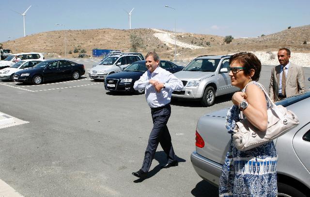 Visite de Johannes Hahn, membre de la CE, à Chypre
