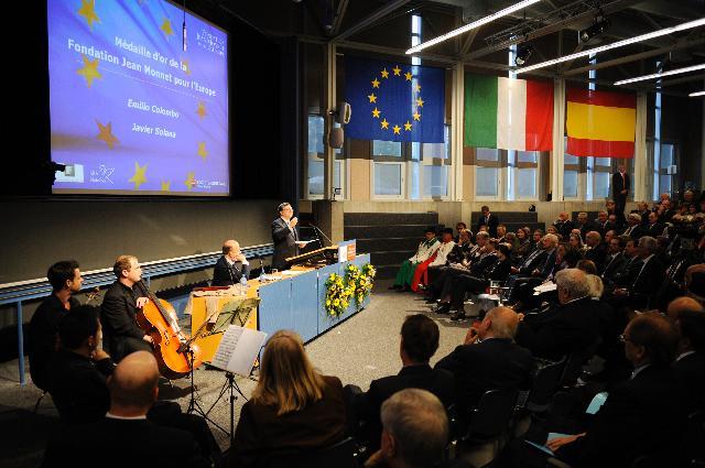 Participation de José Manuel Barroso, président de la CE, à la remise des médailles d'or de la Fondation Jean Monnet pour l'Europe