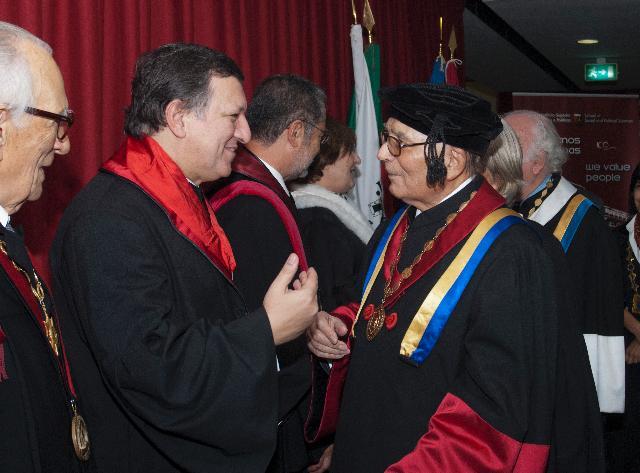 Remise du titre de docteur honoris causa de l'Université Technique de Lisbonne à José Manuel Barroso