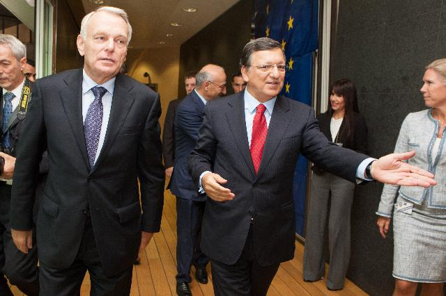 Visit of Jean-Marc Ayrault, French Prime Minister, to the EC
