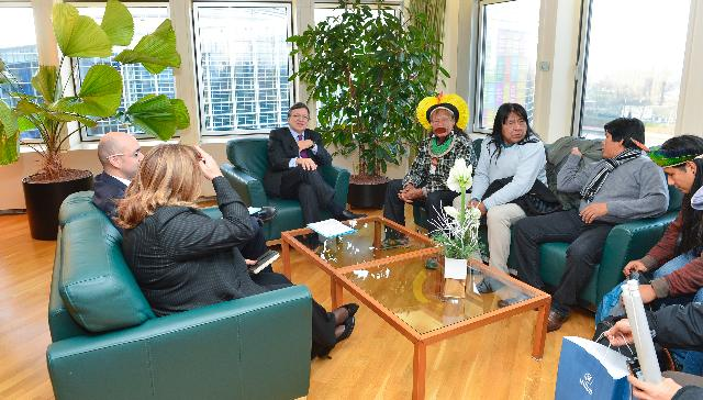 Meeting between Raoni Metuktire, Chief of the Brazilian Indigenous group Kayapo, and José Manuel Barroso, President of the EC