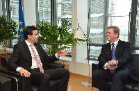 Visite de Nikola Poposki, ministre des Affaires étrangères de l'ancienne République yougoslave de Macédoine, à la CE