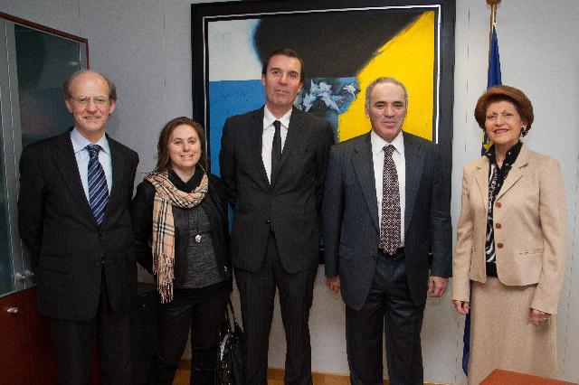 Visit of Garry Kasparov, Former World Chess Champion, Founder of the Kasparov Chess Foundation Europe, to the EC