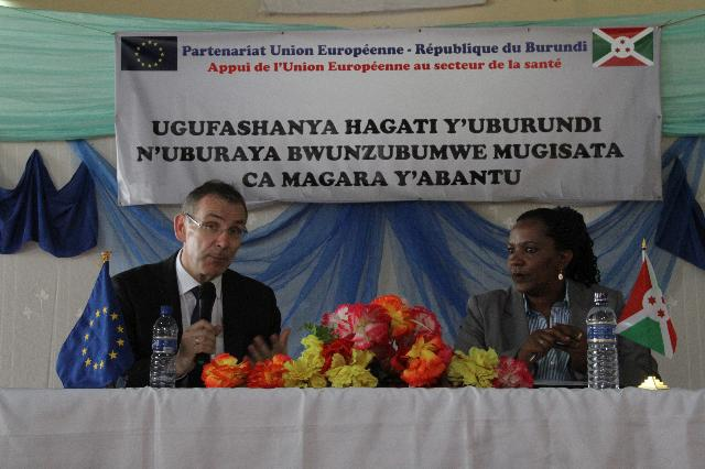 Visit of Andris Piebalgs, Member of the EC, to Burundi