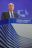 Press conference by Joaquín Almunia, Vice-President of the EC, on the use by two producers of phones of standard essential patents