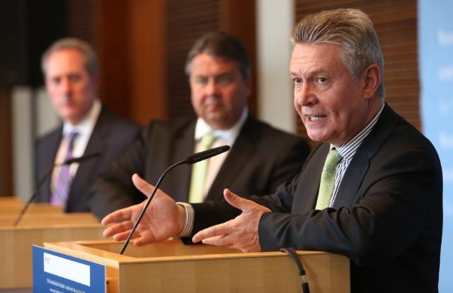 Visit by Karel De Gucht, Member of the EC, to Germany