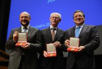 Martin Schulz, Herman van Rompuy and José Manuel Barroso, all holding the Gold Medal of the Jean Monnet Foundation for Europe (from left to right)