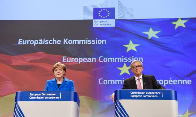 "Illustration of ""Jean-Claude Juncker receives Angela Merkel, German Federal Chancellor"""