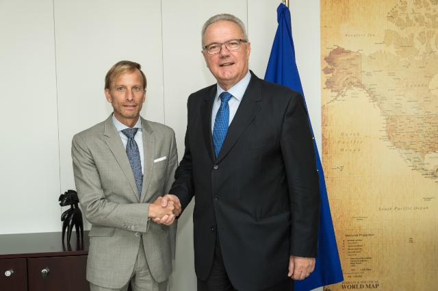Visit of Mark Dybul, Executive Director of the Global Fund to Fight AIDS, to the EC
