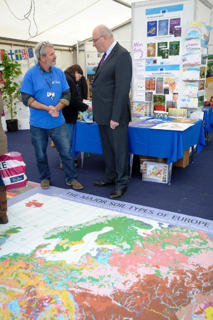 Visit of Phil Hogan, Member of the EC, to the Royal Highland Show 2015 in Edinburgh