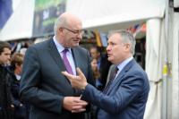 Visite de Phil Hogan, membre de la CE, au Royal Highland Show 2015 à Edimbourg