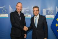 Visit of Bertrand Piccard, President and Initiator of the Solar Impulse project, to the EC